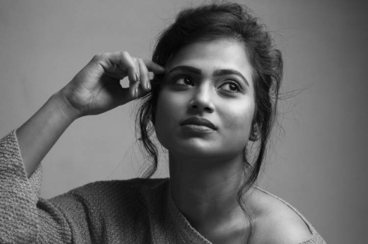 Ramya Pandian Photo Shoot Stills