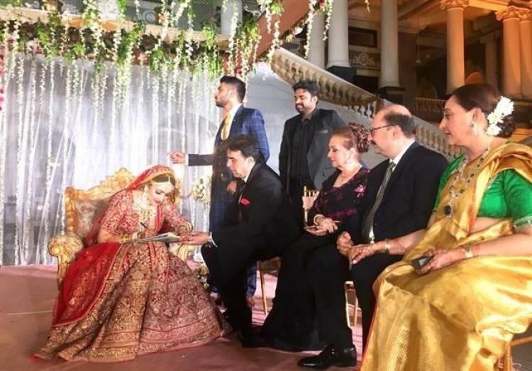Actor Arya and Sayyesha Wedding Stills