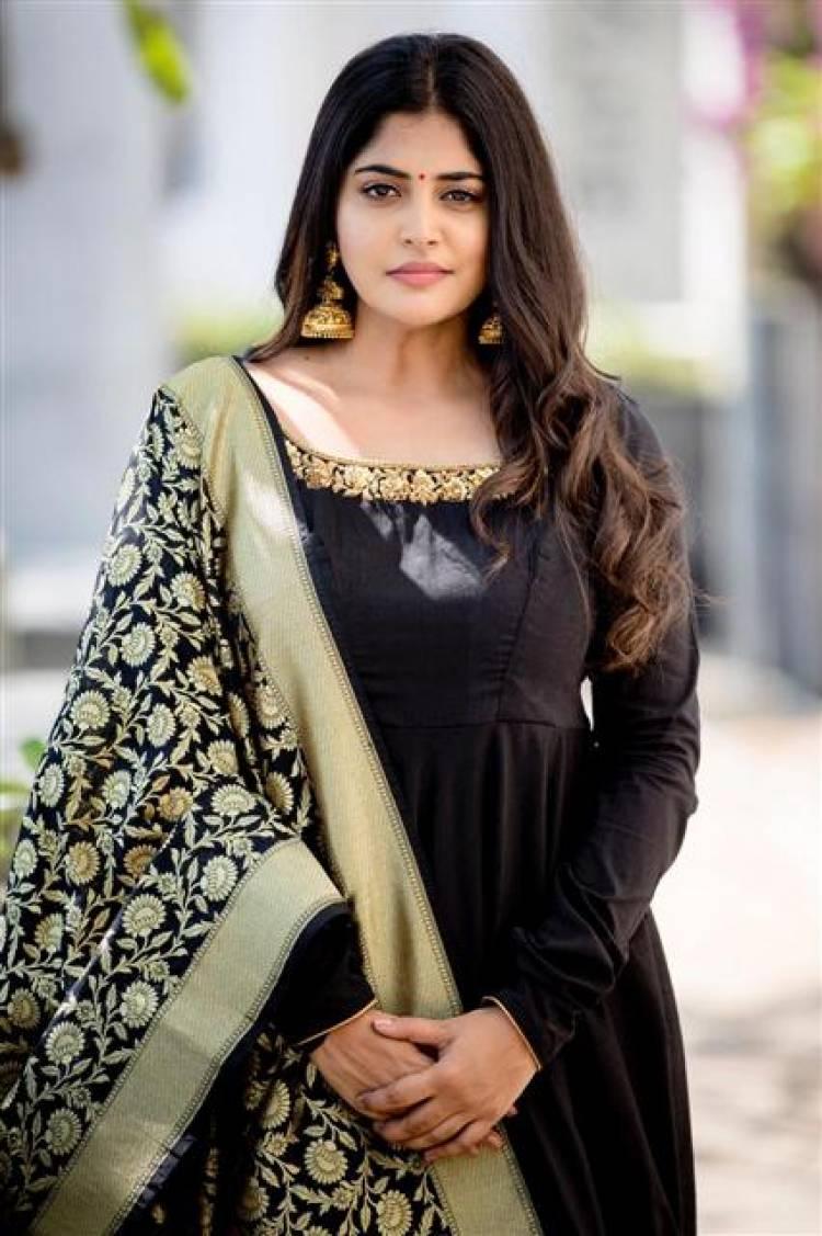 Latest Photoshoot Stills of Actress Manjima Mohan