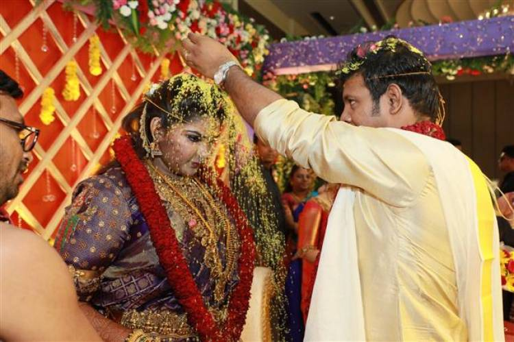 Abinaya Parthiban and Naresh Karthik Wedding Stills
