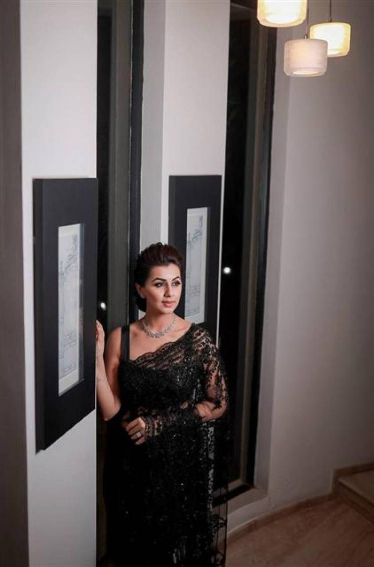 Actress Nikki Galrani Stunning Stills in Black Saree
