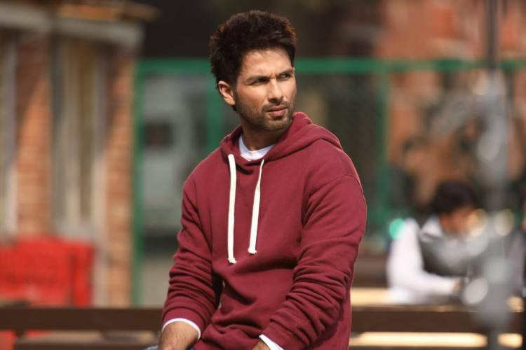 "Shahid Kapoor shares his experience working in ""Arjun Reddy"" Remake"