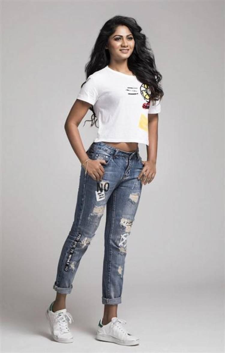 Actress Shruti Reddy New Stills