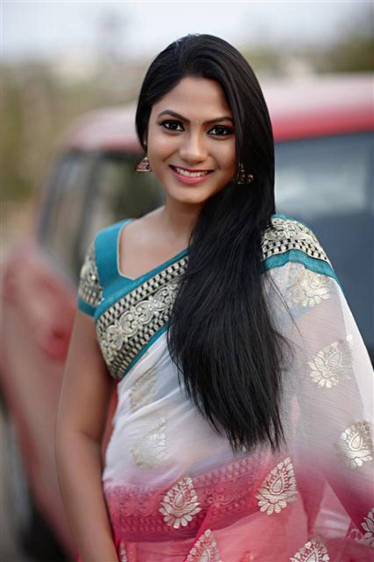 Actress Shruti Reddy New Stills