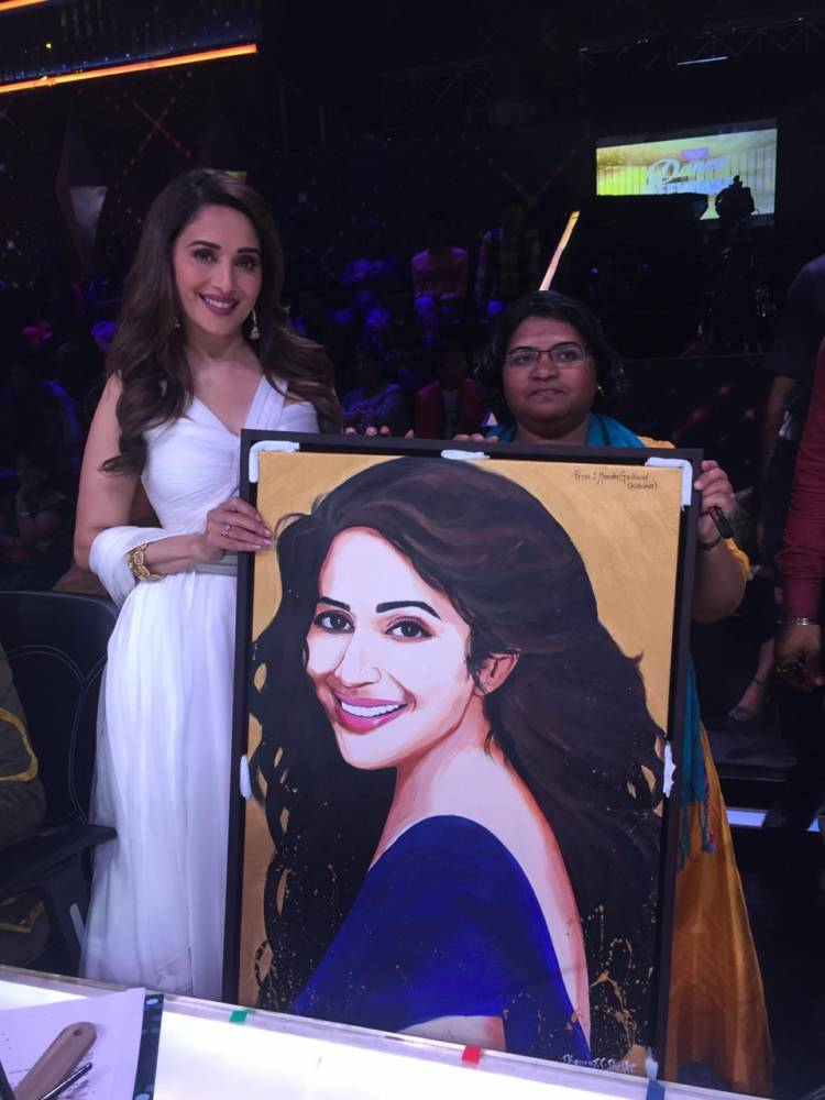 Madhuri Dixit Nene received an endearing gift from her fan