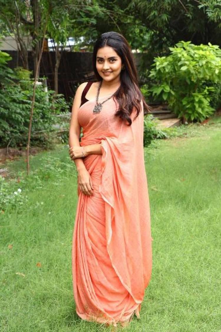 Actress Mahima Nambiar Latest Stills