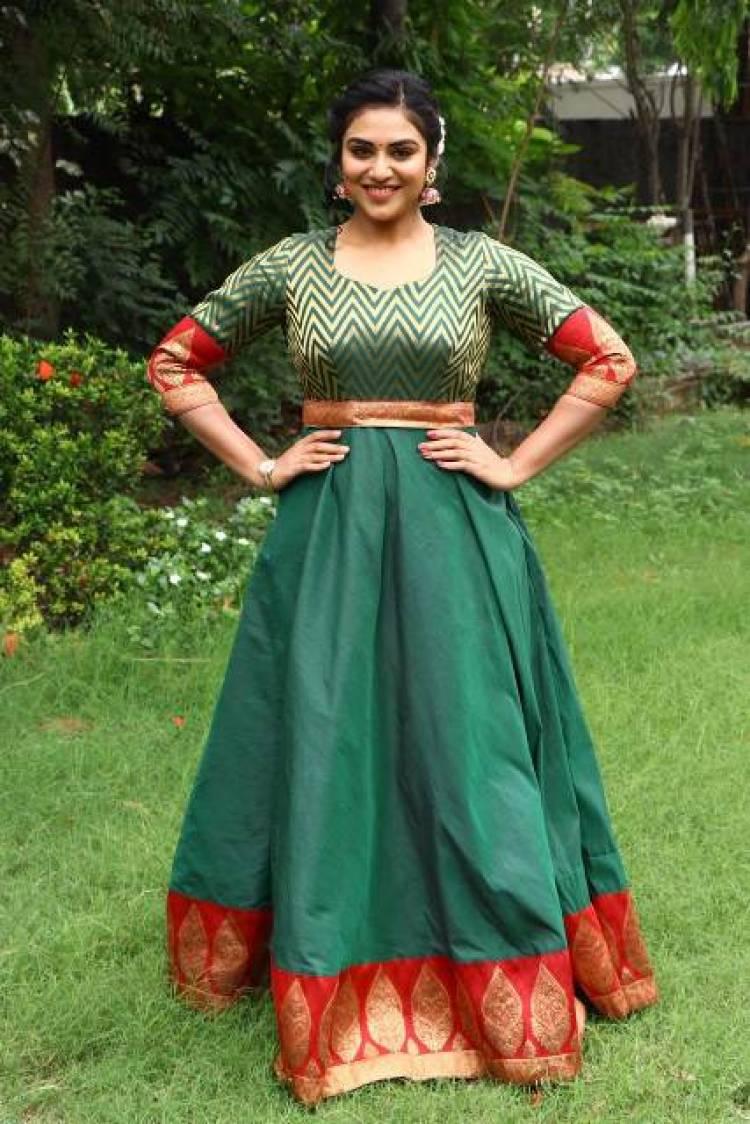 Actress Indhuja Latest Stills