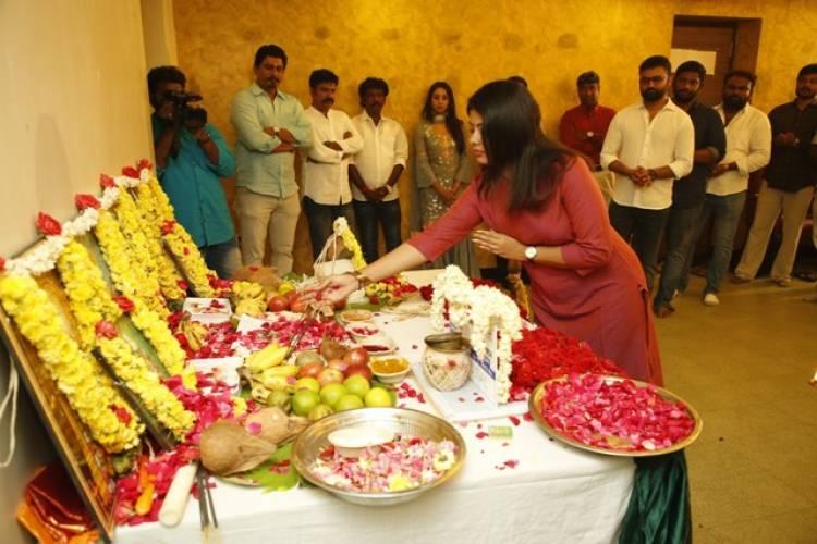 விஜய்டிவி புகழ் காமெடியன் ராமர்-சஞ்சனா கல்ராணி இணையும் படம்