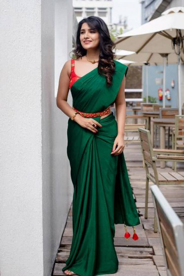 Actress VaniBhojan Latest Stills