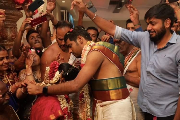 Actor Sathish Wedding Stills