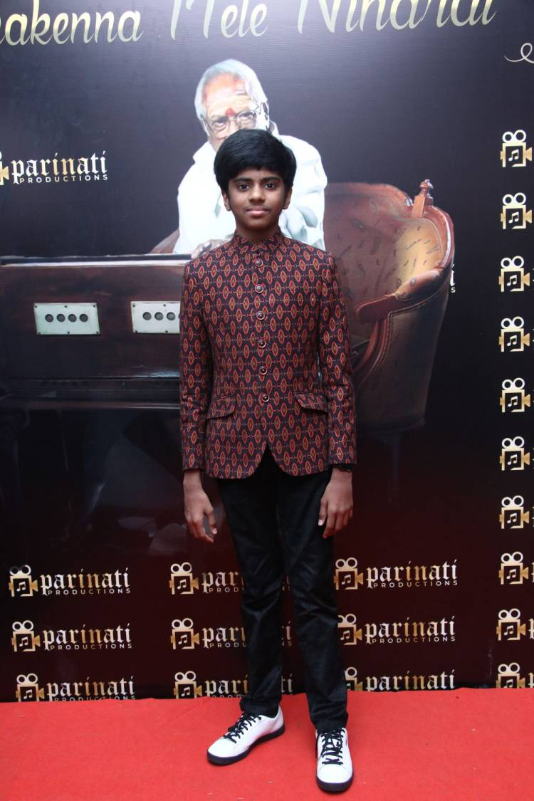 """Parinati Productions Ananthu's Athmanjali """"Unakenna Mele Nindrai"""""""