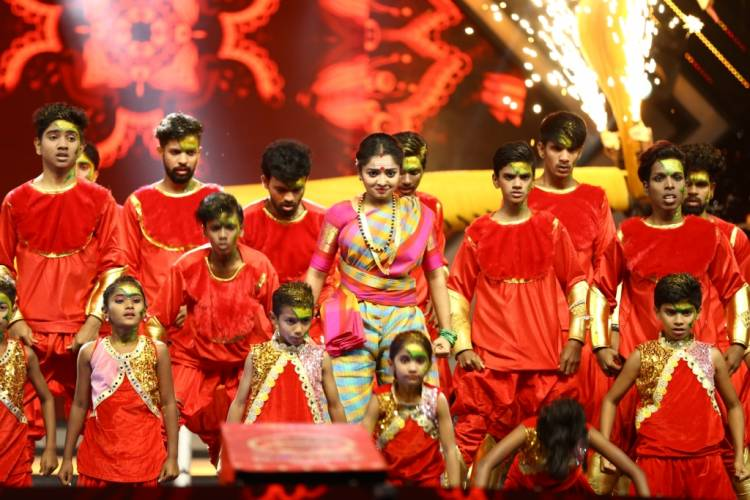 Zee Kannada gears up for the Grand Finale of Dance Karnataka Dance Family War Season 2