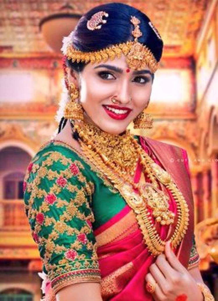 Beautiful Tamil Ponnu Saidhansika in Tamil Wedding look for Wedding Vows Calendar launch