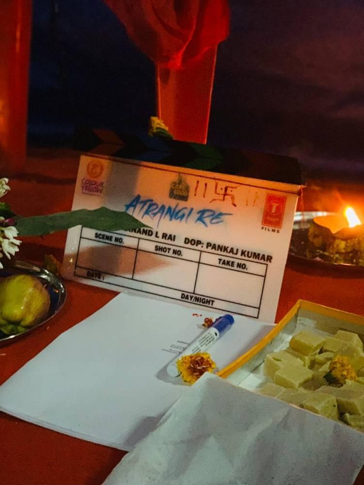 Dhanush,Sara Ali khan and Akshay kumar starts shooting for Atrangi Re movie
