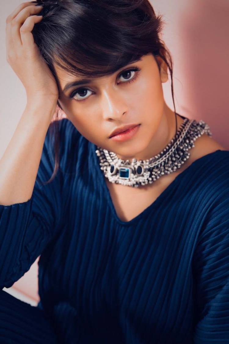 The Cutest Queen of Kollywood Actress Sridivya On fire to seek challenging roles in Movies