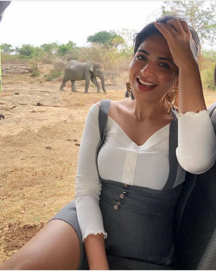 Stunning Actress Iswarya menon
