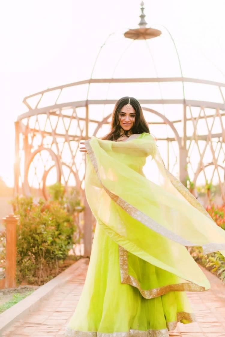 Blissful beauty Actress Induja