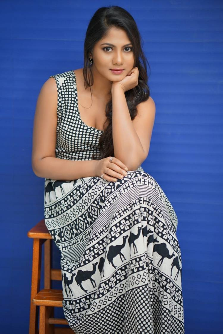 Gorgeous Actress ShruthiReddy