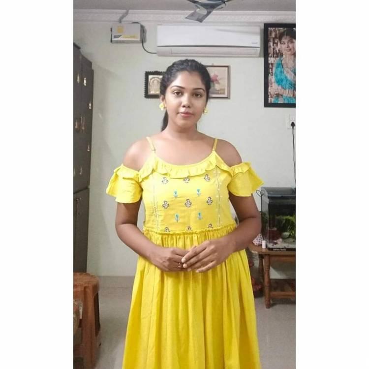 Golden girl Actress Riythvika spreading yellow love