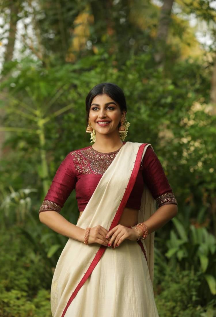 Onam Wishes from Actress YashikaAnand