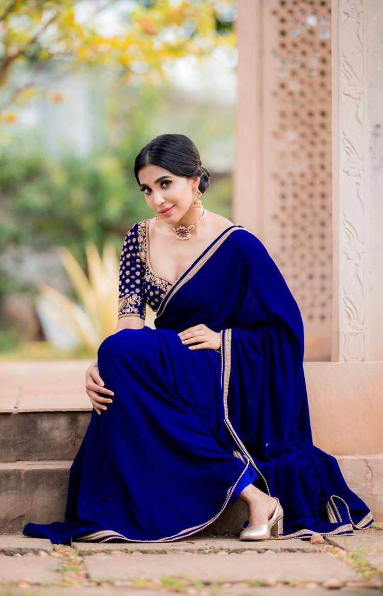 Beautiful in blue Actress Parvati looks stunning in these latest pictures