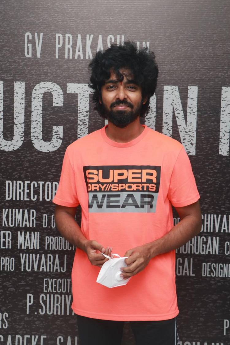 @gvprakash signs his next with debutant Director @akilan7f  to be produced by #NaviraCinemas .