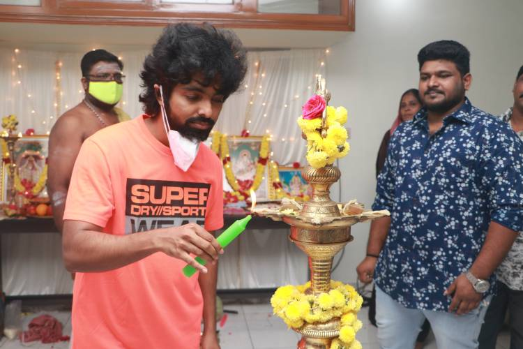 Work on GV Prakash's romantic thriller film begins with pooja