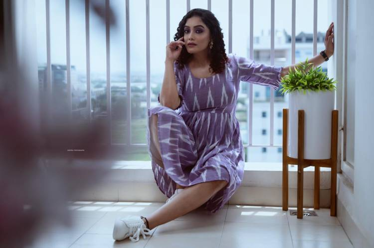 Take A Look At The Scintillating Photoshoot Stills of Nerkonda Paarvai Fame Actress @abhiramivenkat3