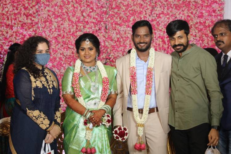 Reception photos of  Filmaker Bakkiyaraj Kannan and Asha