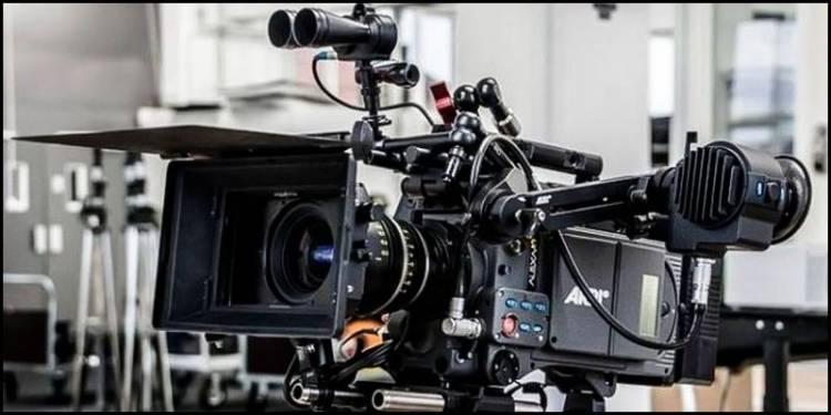 சின்னத்திரை உட்பட திரைப்படத் தொழிலுக்கான படப்பிடிப்புகளுக்கு 150 நபர்களுக்கு மிகாமல் பணி செய்ய தமிழக அரசு அனுமதி
