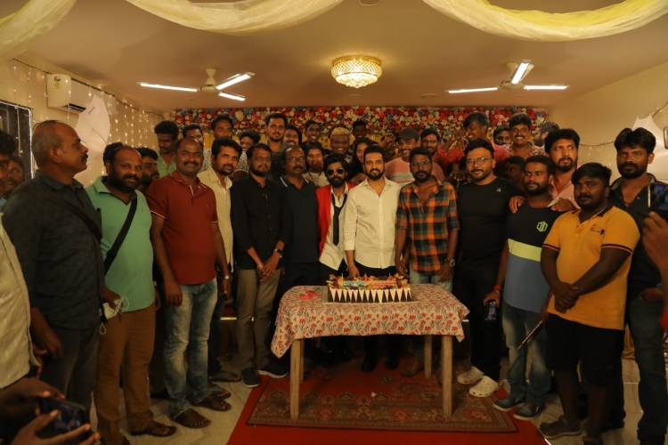 @iamsanthanam's #ParrisJeyaraj shooting has been wrapped up successfully. First single coming soon !