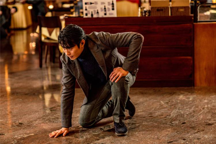 Trident Arts R.Ravindran and Indo Overseas Films releases Jackie Chan's Vanguard
