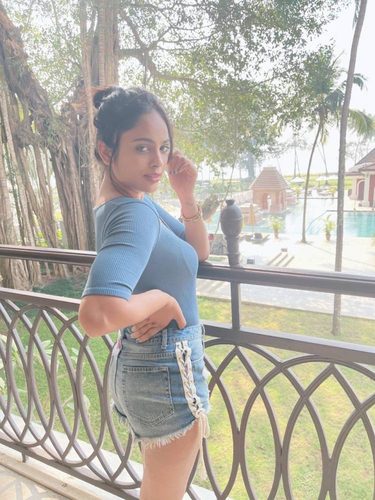 Actress #NanditaSwetha looks stunning in these recent pictures of her.
