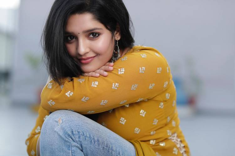 @ritika_offl looks adorable @DoneChannel1