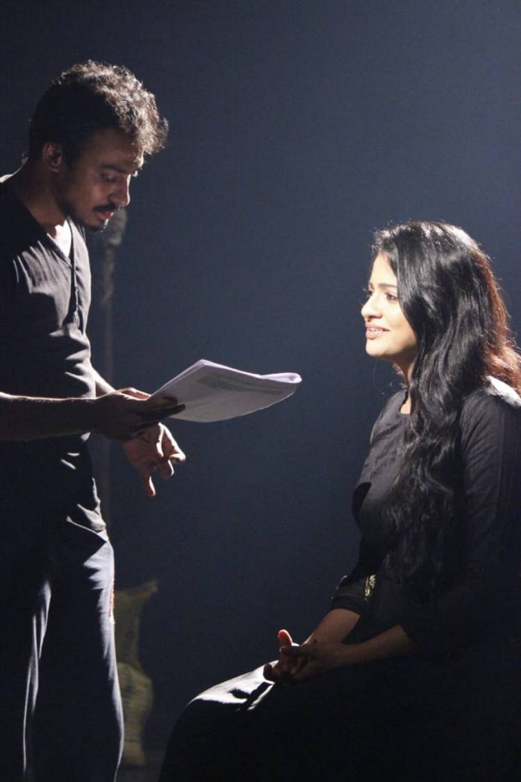 The Working Stills Of The Upcoming Film Of Late Actress #VJChitra's #Calls!