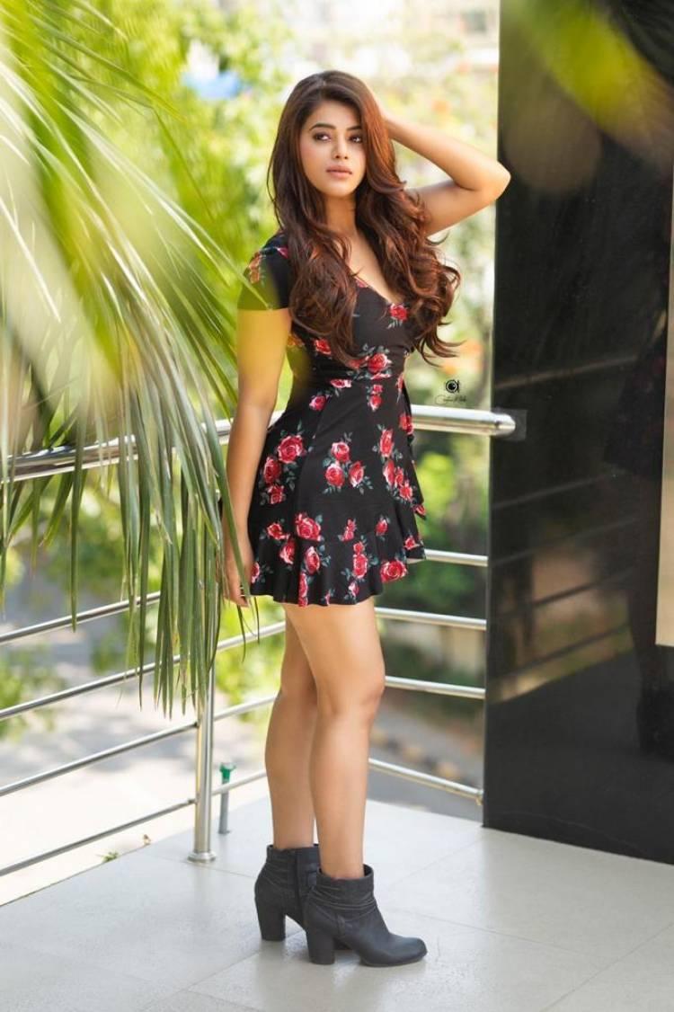 Actress #yaminibhaskar looks ravishingly beautiful in the latest photoshoot stills
