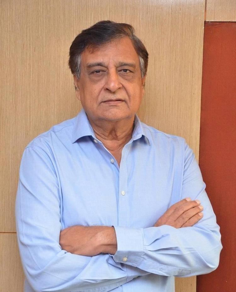 இந்தி பிரபல டைரக்டர் , தயாரிப்பாளர் K.C. பொக்காடியா  ( K.C.Pokadia ) மீண்டும் தமிழுக்கு வருகிறார்.