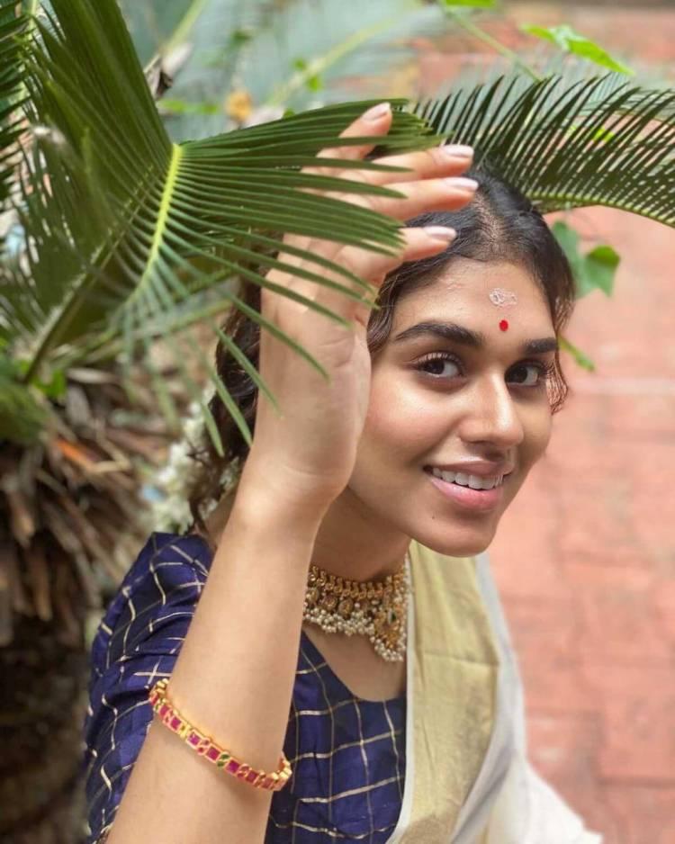 Actress #MeenakshiGovindarajan has shared some amazing photos of Onam festival today!!