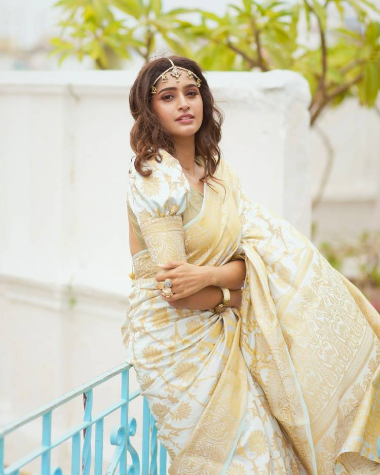Actress #TanyaRavichandran looks cute and charming in these lovely pics!