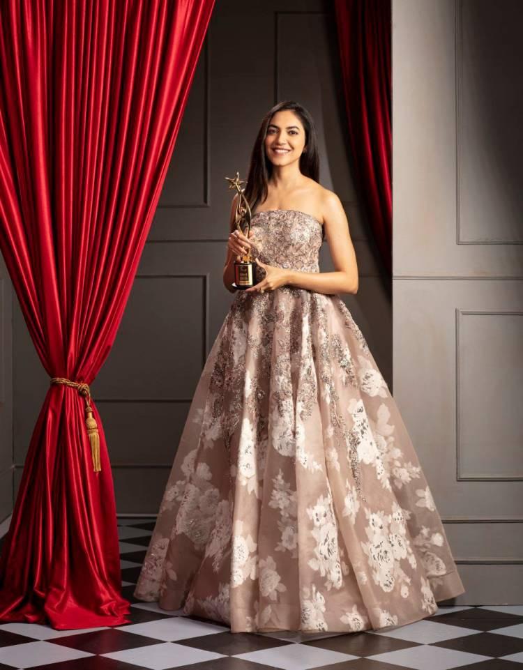 தமிழில் சிறந்த அறிமுக நடிகை விருது: சைமாவுக்கு ரிது வர்மா நன்றி